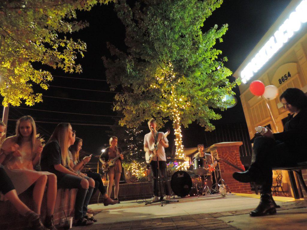 Friday Night Live Around Woodstock